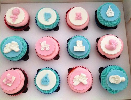 Pink, Blue & White Cupcakes