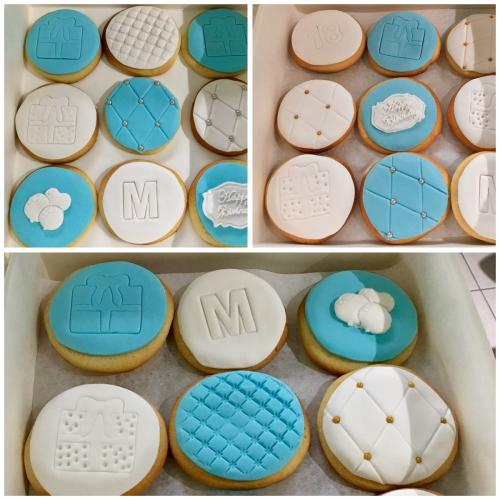 Blue & White Baby Shower Cupcakes